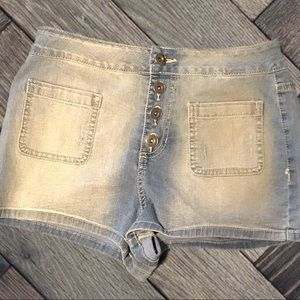 Jean Shorts By Hot Kiss Size 7